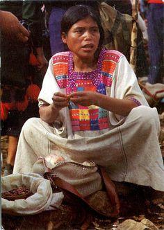 MEXICO (Chiapas) - A Tzeltal woman to the market in Yochib