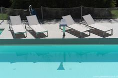 Swimmingpool with jacuzzi and massage waterfall