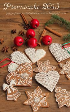 Christmas Gingerbread, Gingerbread Cookies, Xmas Decorations, Cookie Decorating, Cookie Recipes, Sweets, Chocolate, Baking, Holiday Decor