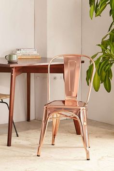 Unique Home Accessories Chairs - Wren Metal Chair Set Of 2 Copper Home Accessories, Home Decor Accessories, Copper Jewelry, Kitchen Accessories, Style Rose, Color Cobre, Copper Decor, Metal Chairs, Copper Chairs