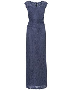 A V-neck lace maxi dress with pretty scallop edging around the neck, cuff and hem and side waist ruching. This dress has a centre back keyhole with button and fastens with a concealed centre back zip.