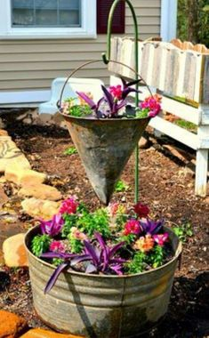 Flower Garden Vintage Container Gardening - Chaotically Creative - Even though it's rainy here this weekend, I'm excited to get started on my summer projects! Check out these 20 Summer DIY Projects you linked up this week! Container Gardening, Plants, Garden Projects, Vintage Garden, Garden Containers, Garden Art, Planters, Amazing Gardens, Flowers