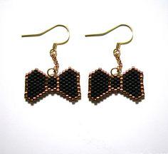 boucles doreilles noeud papillon en perles miyuki noir et or boucles - Patre Boules Colores