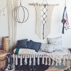 "MODERN MACRAME en Instagram: ""There are still a few spots left in our workshop next Saturday, July 30th in PALM SPRINGS @thesaguarops hosted by @poketo Sign up to join us at www.poketo.com and click WORKSHOPS"""