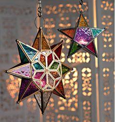Marokkaanse lantaarn hangende ster met veelkleurig glas - www.wereldwonen.nl