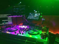 Numark 4trak DJ booth Urbanears