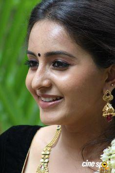 http://www.cinespot.net/gallery/d/1770111-1/bhama+actress+photos+_9__001.jpg