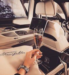 Imagem de blogger, luxury, and russian Girl