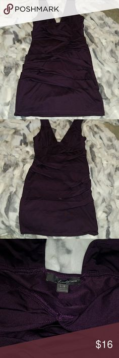 Forever 21, Plum bandage dress Forever 21 Plum bandage dress  Size -Large  Beautiful dress,  just sitting in my closet,  excellent used condition 🤗  Comes from smoke and pet free 😉 Forever 21 Dresses