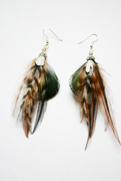 Farb-und Stilberatung mit www.farben-reich.com - Naturally colored feather earrings