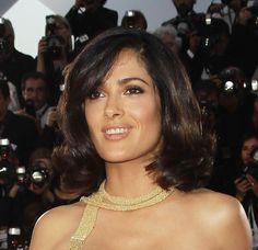 Salma Hayek Curled Out Bob - Short Hairstyles Lookbook - StyleBistro