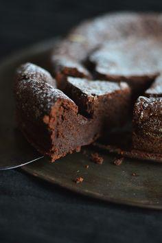 https://flic.kr/p/dVtY4P | The Best Chocolate Cake | recipe by Molly Wizenberg