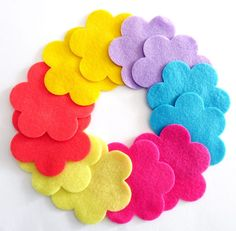 Felt flower Shapes set of 12 pieces Die Cut by PlanetaCostura
