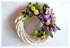 DEKORACE | Fialové | Věnec na dveře - fialové květy a zelená jablíčka | Originální dekorace, bytové doplňky a dárky ve stylu Provence - velkoobchod, maloobchod a e-shop.