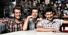 The Baseballs.one of my faves in rockabilly music. Rockabilly Music, Rockabilly Fashion, Back To The 50s, Baseball First, Rock And Roll Bands, Culture Shock, Pompadour, 1960s Fashion, Cool Hairstyles