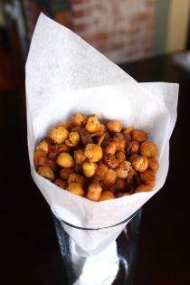 Bacony Roasted Chickpeas - 100 calories  and 6g of protein makes a tasty snack!