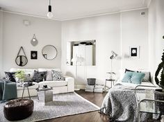 Small Studio Apartment Layout Design Ideas - home design Tiny Studio Apartments, Studio Apartment Layout, Studio Apartment Decorating, Apartment Design, Layout Design, Studio Decor, Gravity Home, Target Home Decor, Cool Rooms