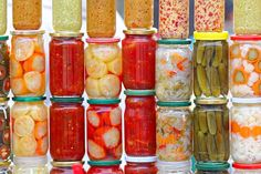 Researchers investigated a possible association between social anxiety and fermented foods, which are known to contain probiotics. There is growing evidence to support the role of probiotics and a healthy gut with a healthy mind. Best Probiotic, Probiotic Foods, Fermented Foods, Real Food Recipes, Cooking Recipes, Healthy Recipes, Healthy Life, Healthy Eating, Healthy Fats