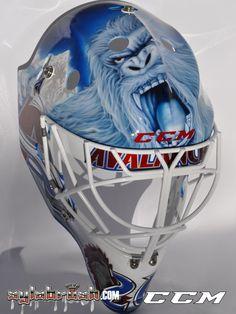 2014 Avs goalie mask for Reto Berra Goalie Gear, Goalie Mask, Hockey Goalie, Ice Hockey, Hockey Room, Colorado Avalanche, Masks Art, Airbrush, Eagles