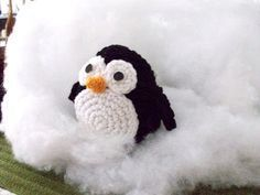 Amigurumi Penguin Crochet Pattern : I actually want someone who crochets regularly to make this for me