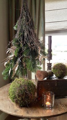 Stylen op De Wemelaer deel de wijntafel – Miss Hare Styling at De Wemelaer part the wine table – Miss Hare – Christmas Wine, Rustic Christmas, Christmas Holidays, Christmas Wreaths, Christmas Ornaments, Cottage Christmas, Wooden Christmas Decorations, Holiday Decor, Deco Originale