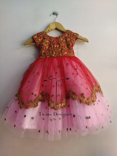 Indian Dresses For Kids, Little Girl Dresses, Baby Frocks Designs, Kids Frocks Design, Girls Frock Design, Kids Lehanga Design, 1st Birthday Girl Dress, Kids Dress Wear, Kids Wear