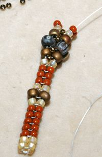 Whip Up A Herringbone Stitch Rope With Some Texture! #Seed #Bead #Tutorials