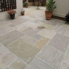 Natural Paving-Riven Sandstone 'Classicstone'-Raj Lakeland-PAVING SLABS