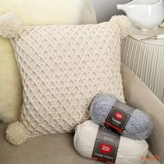 The Hygge Diamond Pillow features 2 gorgeous yarns, a ton of texture, and is just what you need to finish off that handmade vibe in your space! And it's a free crochet pillow pattern on Moogly! Cushion Cover Pattern, Crochet Cushion Cover, Crochet Cushions, Cushion Covers, Knitted Pillows, Knitted Cushion Pattern, Crochet Pillow Cases, Crochet Pillow Patterns Free, Knit Pillow
