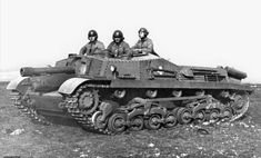 Zrínyi–II Hungarian assault gun of the World War IIwas armed with a short barrel calibers) 105 mm MÁVAG howitzer. Self Propelled Artillery, Tank Armor, Tank Destroyer, Ww2 Photos, Ww2 Tanks, World Of Tanks, Big Guns, Panzer, Armored Vehicles