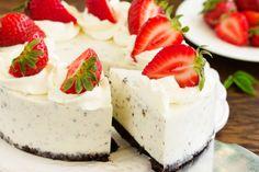 Cheesecake cu Oreo si capsune