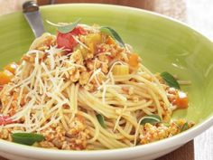 Εβδομαδιαίο Πρόγραμμα Διατροφής και Συνταγές: 18/6/18-24/6/18 Fitness Tips, Kai, Spaghetti, Cooking Recipes, Pasta, Ethnic Recipes, Food, Products, Gastronomia