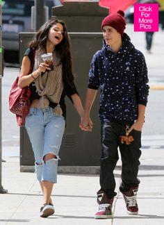 Justin-Bieber-Gets-Back-Together-With-Selena-Gomez