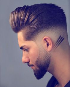 14 Hottest Men Haircut Styles You are in the right place about hair and beard styles 2019 Here we of Beard Styles For Men, Hair And Beard Styles, Long Hair Styles, Men Hair Cuts, Mens Hairstyles Fade, Try On Hairstyles, Mens Hair Fade, Thick Hairstyles, Gorgeous Hairstyles