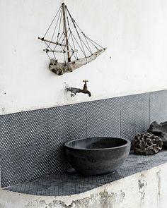 Modern Bathroom Decor Ideas, Blue Bathroom Colors and Nautical Decor . I recommend reading if you want a true nautical bathroom. Blue Bathroom Decor, Nautical Bathrooms, Bathroom Colors, Bathroom Designs, Seaside Bathroom, Redo Bathroom, Tile Bathrooms, Bathroom Inspo, Small Bathrooms