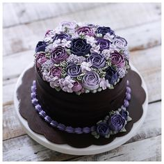 I suppose you want healthy desserts? Just go and visit our site to know more. Pretty Cakes, Beautiful Cakes, Amazing Cakes, Candy Cakes, Cupcake Cakes, Chocolate Birthday Cake Decoration, Buttercream Cake Designs, Mom Cake, Just Cakes
