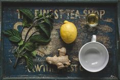 Herbal tea for stiffness. Tea blends that contain medicinal herbs that are often used as natural home remedies for excess inflammation. Health Benefits Of Ginger, Green Tea Benefits, Cold Remedies, Natural Remedies, Herbal Remedies, Natural Treatments, Health Remedies, Psyllium, La Constipation