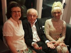 Jenny Daniels with Paul Daniels #DanHIRE Mike Daniels meets Magic Paul Daniels!  Mike Daniels of DanHIRE TRAILERS talking Boat Trailers with Paul Daniels (The Magican) and the lovely Debbie McGee.