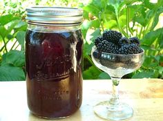 Blackberry liqueur - Licor de moras casero