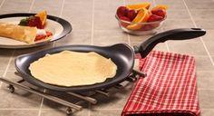 KITCHEN & DINING: Swiss Diamond crepe pan