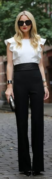 simple black and white. very chic