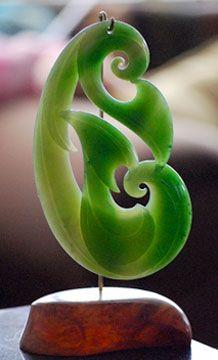 A lovely Maori Jade Carving! Le Jade, Long White Cloud, Polynesian Art, Maori Designs, New Zealand Art, Nz Art, Maori Art, Ethnic Jewelry, Jewellery