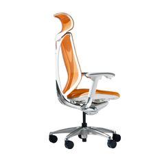 Sabrina Okamura Sabrina, een bureaustoel van PLAN@OFFICE ontworpen door Giugiaro Design.