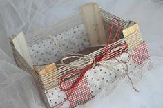 caja de frutas forrada con telas