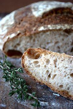 Chleb wiejski na zakwasie Fish And Chips, Bread Rolls, Bread Baking, Food, Baking, Meal, Rolls, Eten, Meals
