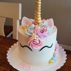 Pastel unicorn cake for Ava Unicorn Themed Birthday Party, Birthday Cake Girls, Birthday Cupcakes, Unicorn Party, 5th Birthday, Diy Unicorn Cake, Unicorn Cake Topper, How To Make A Unicorn Cake, Unicorn Cake Design