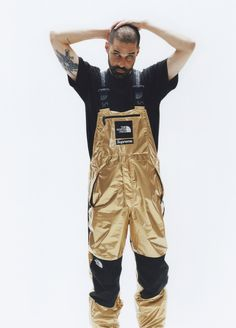Supreme x The North Face Metallic Spring 2018 Collection Gold Silver Rose Gold Mountain Parka Roo II Bag Backpack Sling Bag Overalls Bib Pants T-Shirt Hooded Sweatshirt Supreme T-shirt, T Shirt Supreme, Nike Air Force 1, Nike Air Max, Sweat Shirt, New Mens Fashion Trends, Mens Trends, The North Face, Streetwear Brands