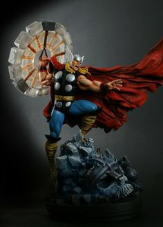 Thor Classic Action Statue