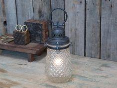 fransk stald lanterne - lanterne med pære violasvintage.dk Chic Antique, Shabby, Mason Jar Lamp, Table Lamp, Bulb, Rustic, Glass, 8 Hours, Shelf