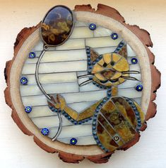 Gallery of stained glass mosaic cats by Santa Barbara, CA artist Christine Brallier. Mosaic Glass, Stained Glass, Art Projects, Projects To Try, Mosaic Animals, Sculpture Painting, To My Mother, Animal Sculptures, Decorative Plates